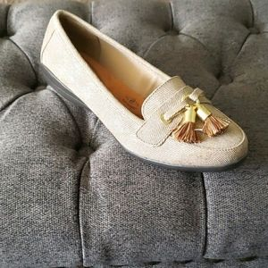 Gold loafers flats with tassel